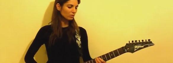 Krásné holky s kytarou