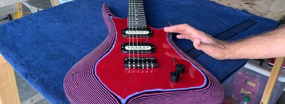 Kytara z papíru